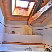salle-de-bain-sous-les-toits