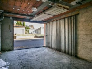 garage securise a vendre rue vestrepain toulouse 2 300x225 Serge E.   T2 à Toulouse